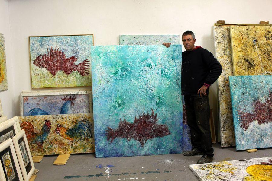 El artista Crespí Alemany en el estudio